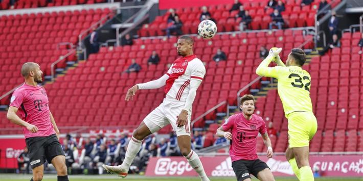 Kampioensduel Ajax laat op zich wachten na remise tegen Utrecht