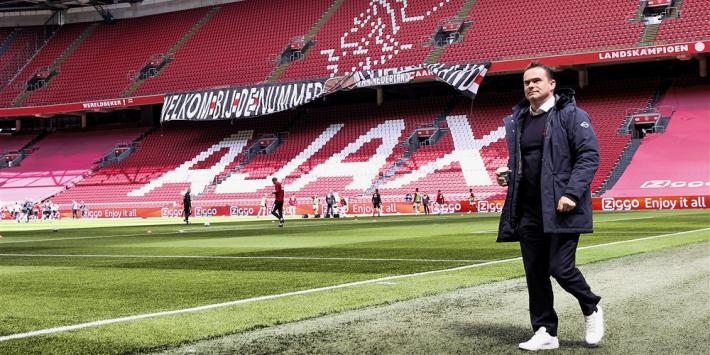Overmars erkent dat Ajax voor zo'n vijftig miljoen moet verkopen