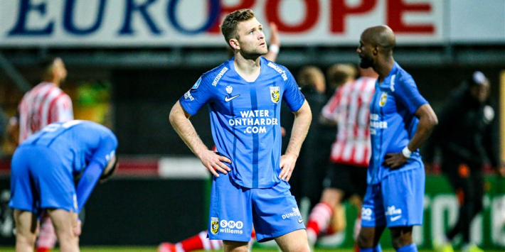 Harde nederlaag voor Vitesse in strijd om Europees voetbal