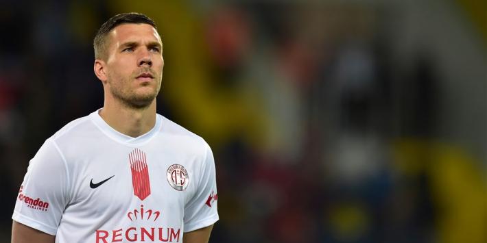 Podolski ruziet na met Antalyaspor na afscheid