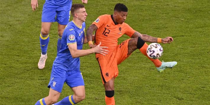 Meer transferperikelen bij Oranje: aanbieding voor Van Aanholt