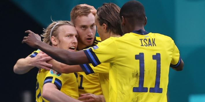 Zweden bewijst Oranje dubbele goede dienst met zege