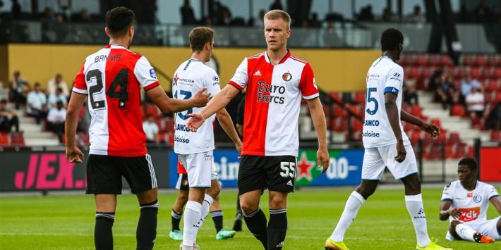 Feyenoord stelt enigszins teleur bij debuutwedstrijd Slot en Til