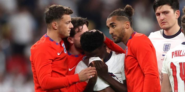 Engeland walgt van racisme tegen spelers na mislopen titel