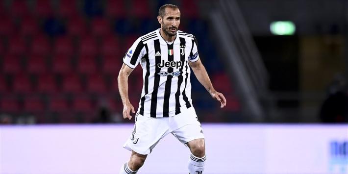 Transfervrije Chiellini wil nog niet stoppen en wacht op Juventus