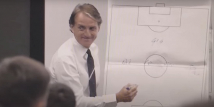 Zien! Zo maakte Mancini zijn opstelling voor de EK-finale bekend