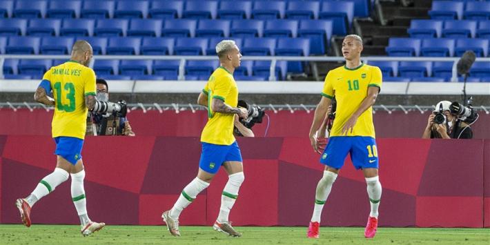 Richarlison neemt Brazilië bij de hand en start Spelen met hattrick