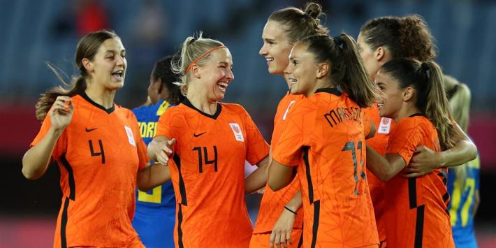 Janssen redt punt voor Oranje in doelpuntenfestijn met Brazilië