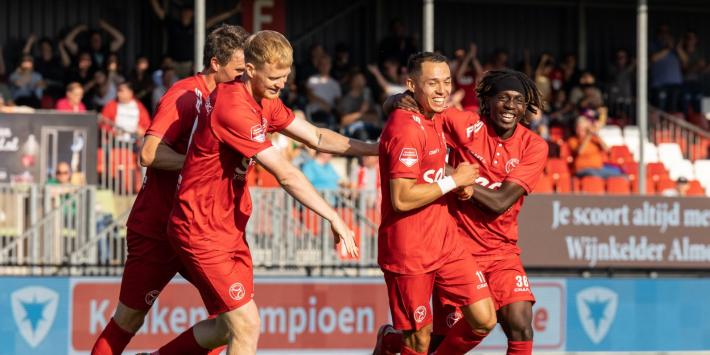 Verbeek maakt met Almere City enorme sprong op ranglijst