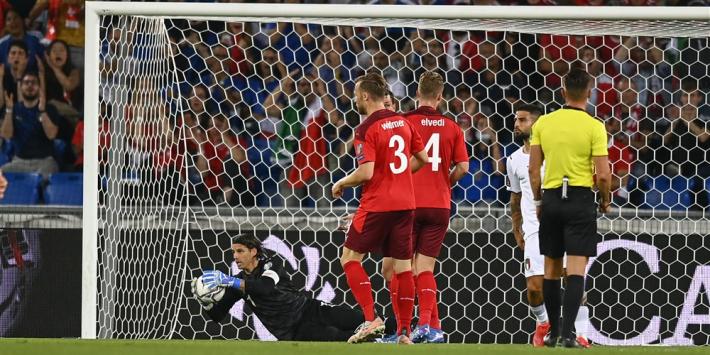 Penaltyspecialist Italië faalt en lijdt opnieuw zeer duur puntverlies