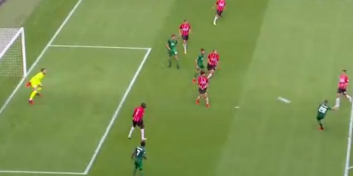 Video: Toornstra zet Feyenoord op 0-1 met wereldgoal tegen PSV