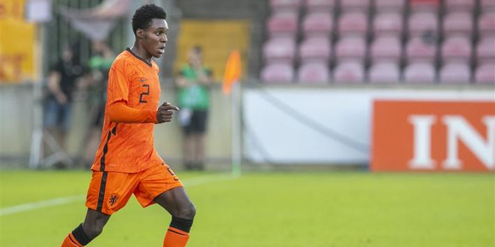 """Frimpong leert Nederlands bij Jong Oranje: """"Alles kan ik begrijpen"""""""