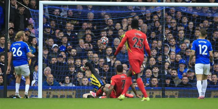 King uitgerekend tegen oude club ontketend in PL-spektakel