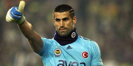 Fenerbahçe op tweede plaats na moeizame zege
