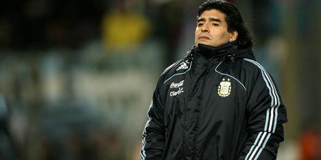 BREAKING: Voetballegende Maradona (60) overleden