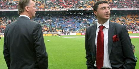 Arveladze boos op Ajax na beslaglegging
