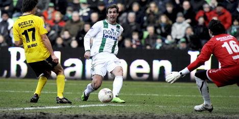 Lovre tekent tweejarig contract bij Barnsley