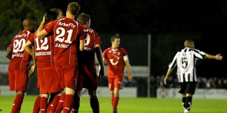 FC Twente niet in de problemen tegen Zwaluwen