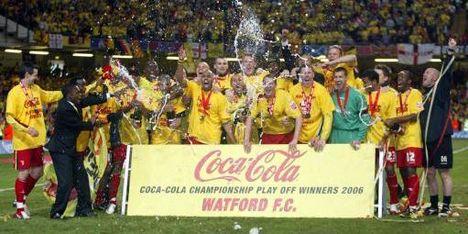 Watford stoot door naar Premier League