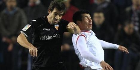 Valencia ontsnapt in Sevilla aan uitschakeling