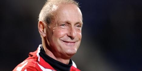 Poortvliet maakt seizoen af als trainer van Eindhoven