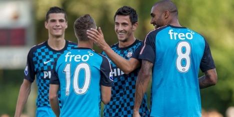PSV haalt dubbele cijfers in eerste oefenduel