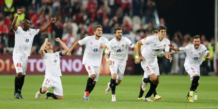 Sevilla pakt koppositie na overwinning op Cordoba