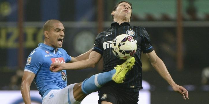 Leicester City haalt Inler als vervanger Cambiasso