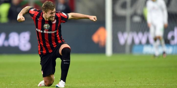 Eintracht Frankfurt via benauwde zege naar halve finale beker