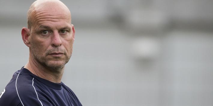 Oss verlengt met trainer Wels en assistent Van der Sloot