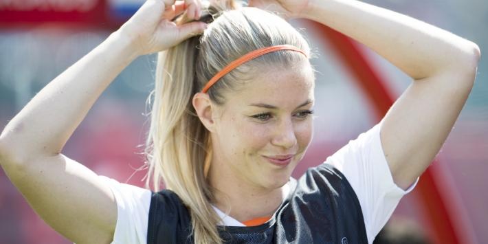 Vijf Oranje Leeuwinnen verlengen bij Ajax