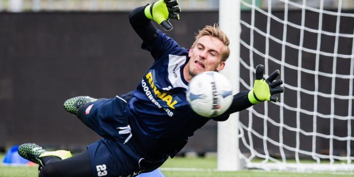 Voormalig Ajax-goalie Leeuwenburgh langer bij Cape Town City