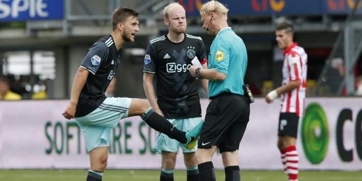 """Veltman boos op Ajax-huurling: """"Naaide me een kaart aan"""""""