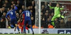 """Zlatan schuldbewust: """"Die bal moest tussen de palen"""""""