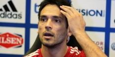 Roque Santa Cruz stopt als international, blessure Sánchez