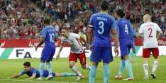 Ajax-opponent wisselt ene international in voor de andere