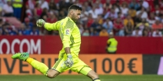Paris Saint-Germain en Torino beklinken transfer Sirigu