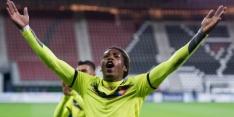Luxemburg met Rodrigues op de bank tegen Zweden