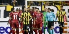 Vitesse slikt nieuwe Europese nederlaag na kaartenregen