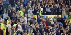 Norwich City-supporter valt in voor vierde official