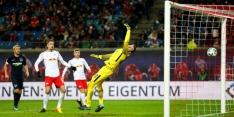 Leipzig verliest van tien man, Leverkusen spectaculair gelijk