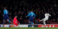 Arsenal met schaamrood naar volgende ronde, AC Milan wint