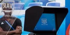 """FIFA zeer tevreden over VAR: """"Uitgebreide discussies geweldig"""""""