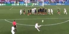 Video: Trippier zet Engeland met heerlijke vrije trap op voorsprong