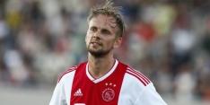 Ajax swingt in oefenpot langs Willem II: hattrick De Jong