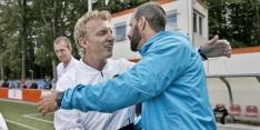 Kuyt pakt eerste prijs als trainer ten koste van Van Nistelrooy