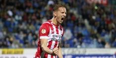 De Jong helpt PSV in extremis aan zege tegen prima spelend PEC