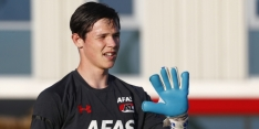 AZ legt talentvolle doelman Bakker (17) voor drie jaar vast