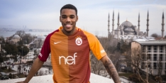 Bizar 'debuut' Garry Rodrigues: rode kaart tijdens warming-up