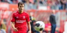 FC Twente ziet Espinosa het trainingskamp geblesseerd verlaten